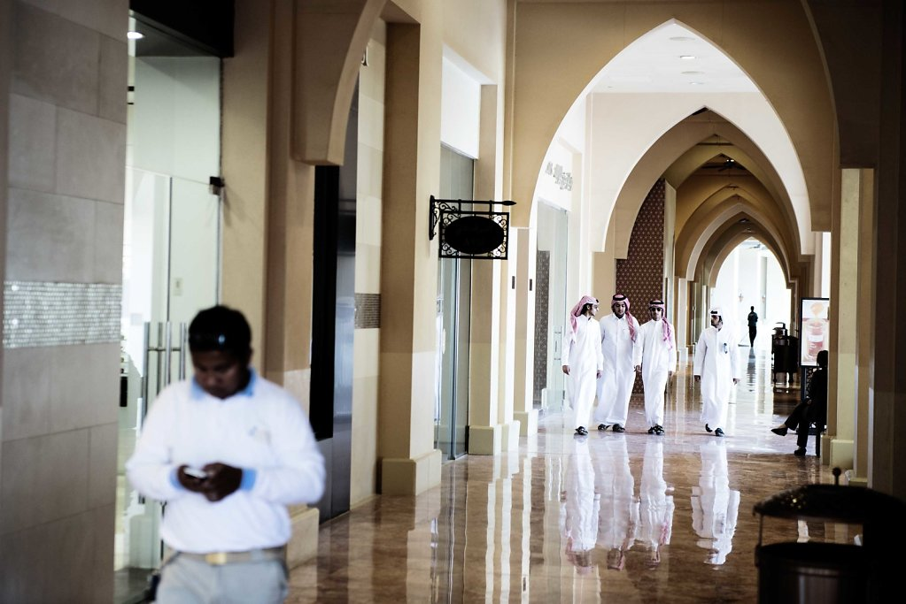 In the closed compounds, it's also where the rich qatari spend their day, with cafes and shopping.