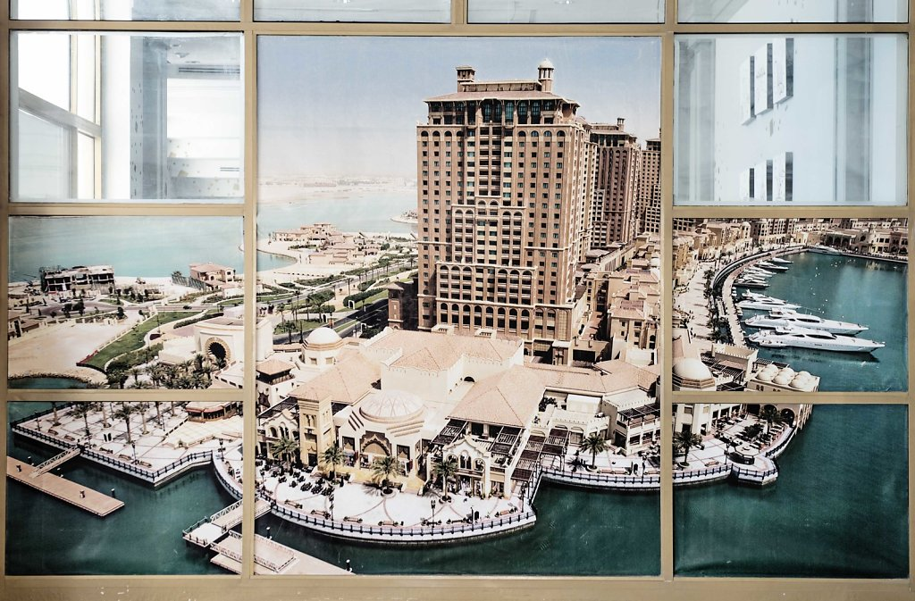 When rich foreigners come to Qatar to work, they mostly live in closed areas like these.